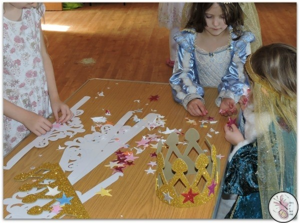 Narnia Party Games Crowns